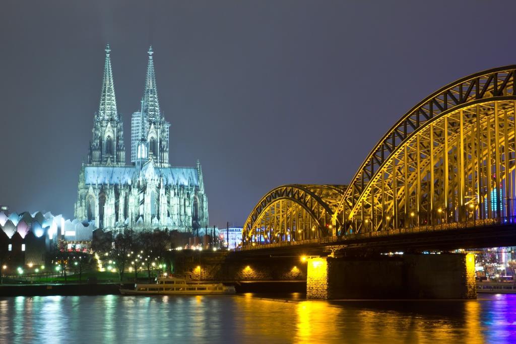 Catedral de Colonia y el Rhin