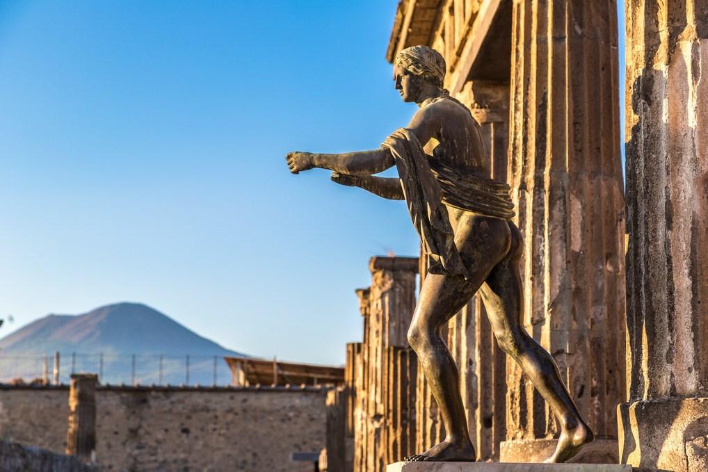 La ciudad de Pompeya y sus restos arqueológicos son uno de los lugares que hay que visitar en Italia.