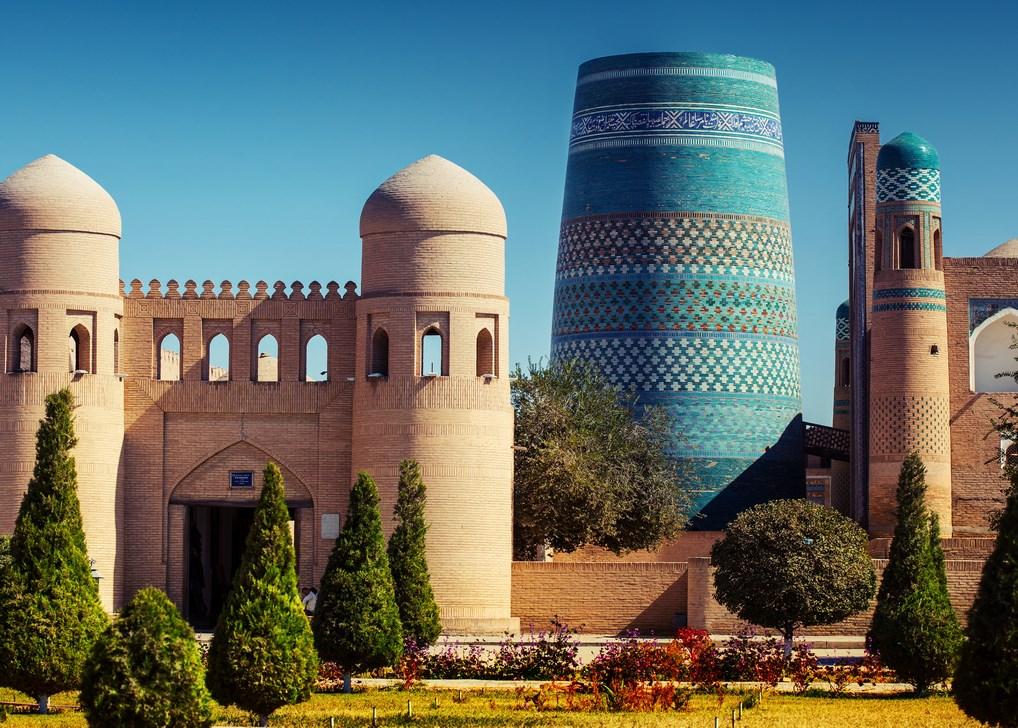 El minarete Kalta de Khiva, uno de los más espectaculares del país.
