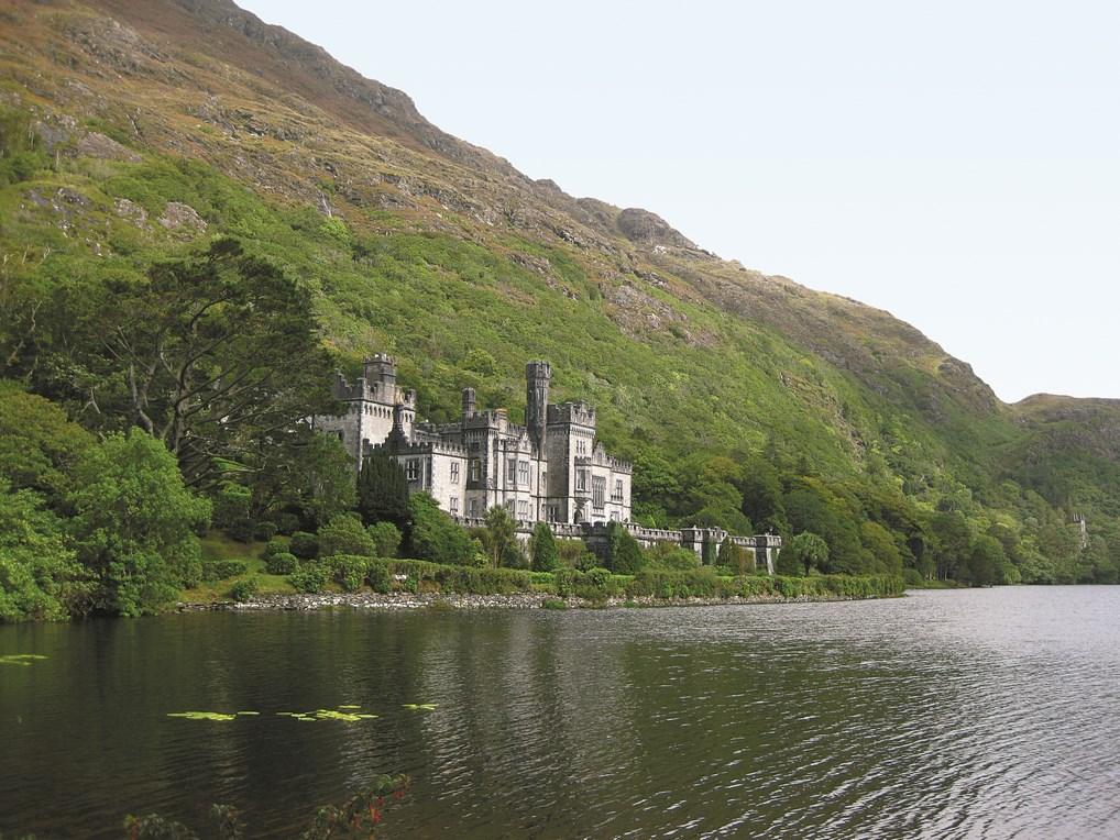 La Abadía de Kylemore es uno de los atractivos más importantes de la región de Connemara