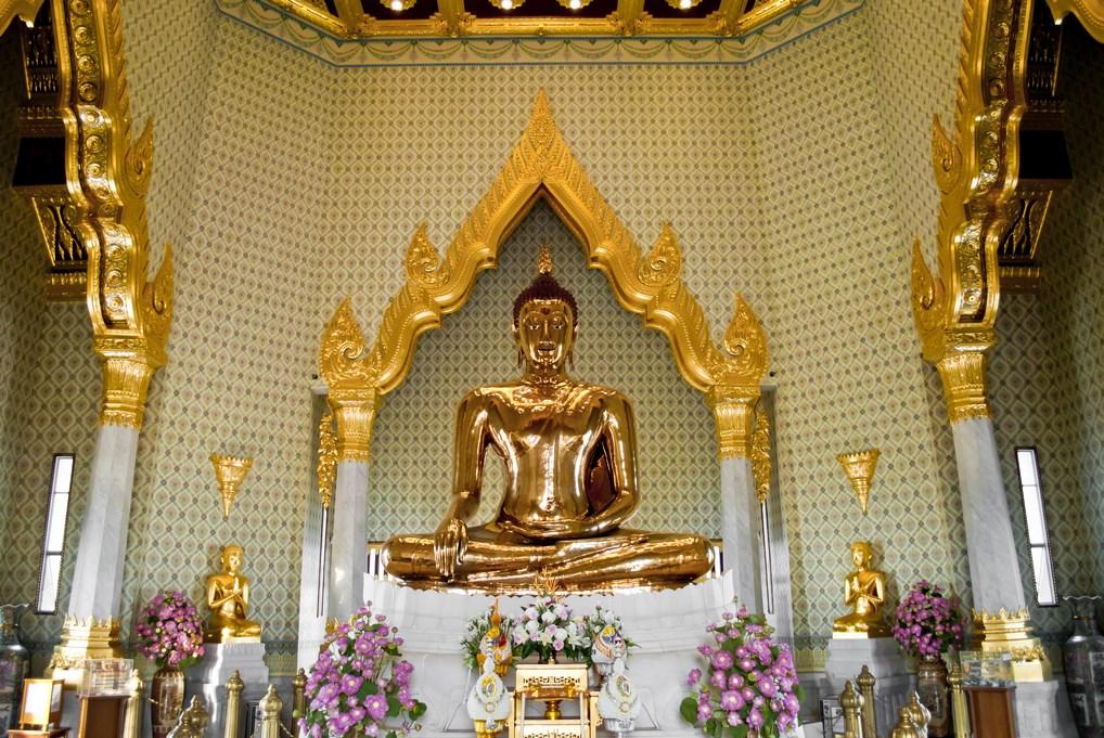 El Buda de Oro de Bangkok es la estatua de oro macizo más grande del mundo.