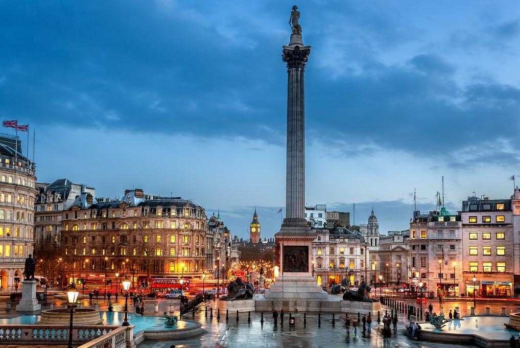 La Columna de Nelson es el elemento más característico de Trafalgar Square.