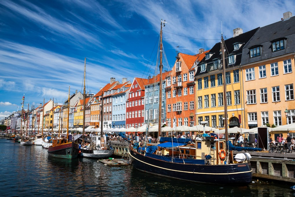 El Canal Nyhavn es uno de los lugares más pintorescos de Copenhague.