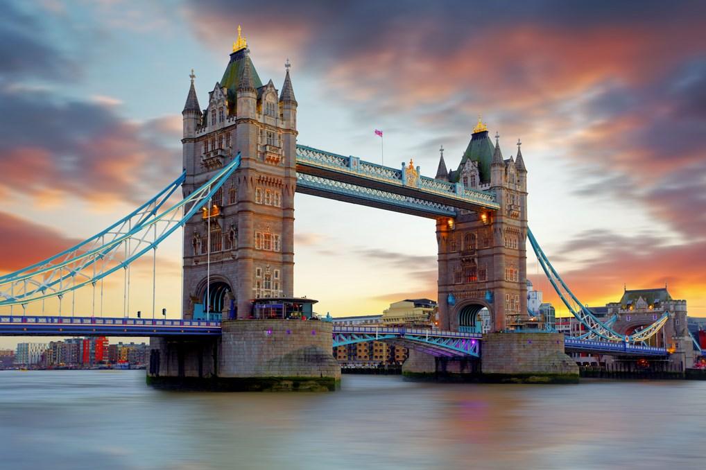 El Puente de la Torre de Londres se ha convertido en todo un monumento de la ciudad británica.