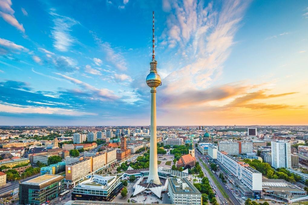 La Torre de Televisión de Berlín es el edificio más alto de Alemania.