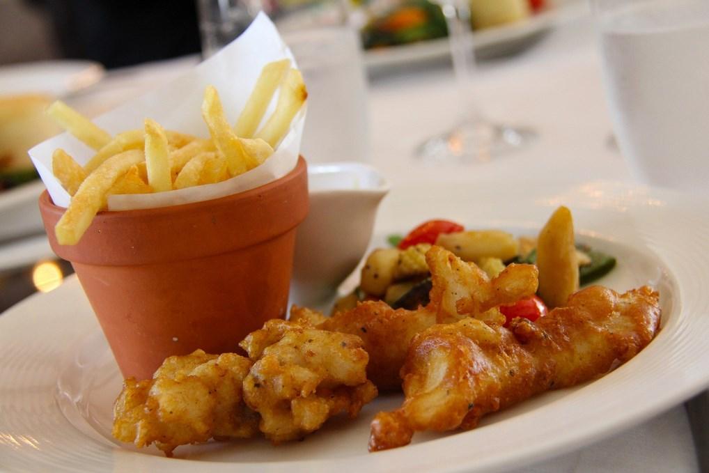 ¿Hay algo más típico de Londres que comer fish and chips?