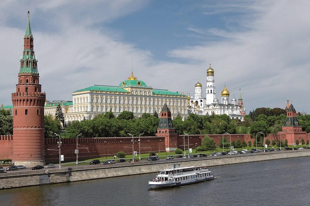 El Kremlin de Moscú, con sus espectaculares catedrales, es uno de los puntos más interesantes que ver en Moscú.