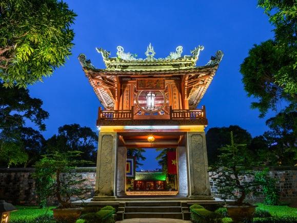 El Templo de la Literatura es una de las cosas que sí tienes que ver en Hanoi
